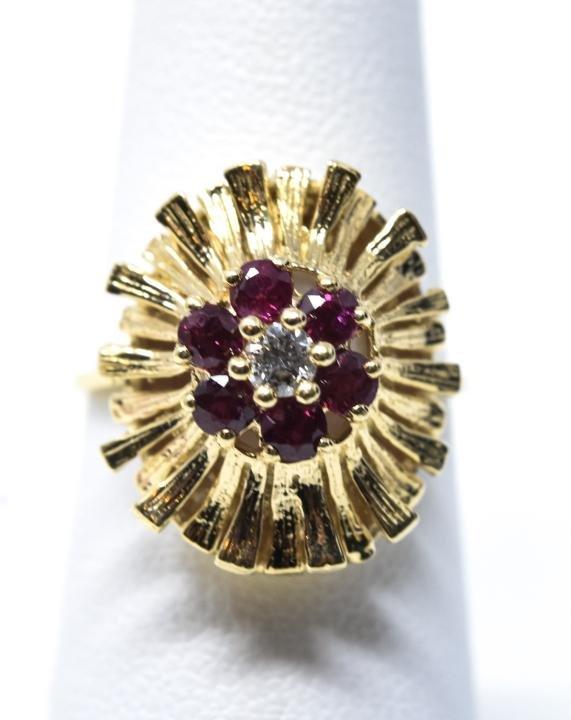 Estate 14kt Yellow Gold Ruby & Diamond Ring