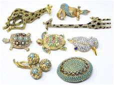 Collection Contemporary  Vintage Costume Brooch