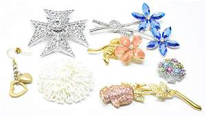Collection of Vintage Costume Jewelry Brooch Pins