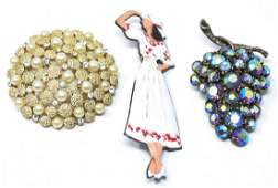 3 Vintage Mid Century Retro Costume Jewelry Pins