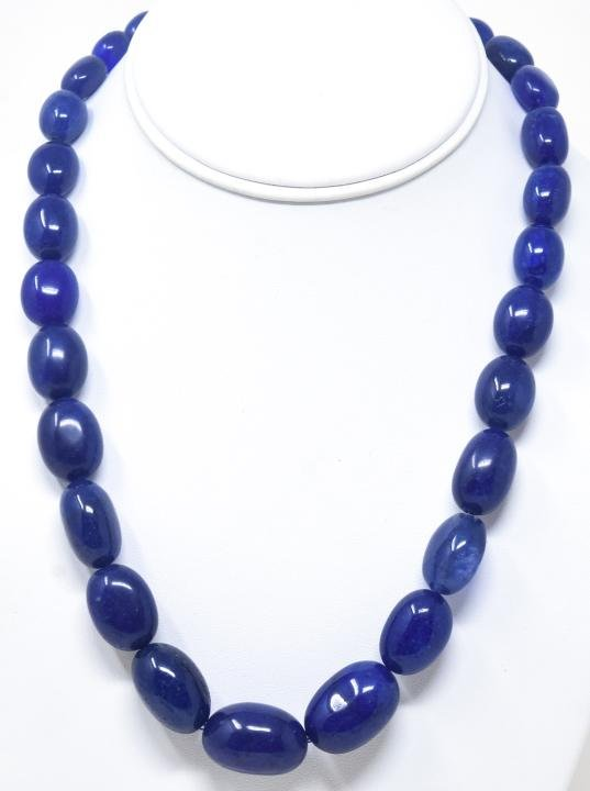 Necklace w 550 Carats of Blue Sapphire Beads