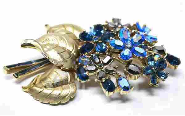 Vintage Trifari Gilt Metal & Rhinestone Flower Pin