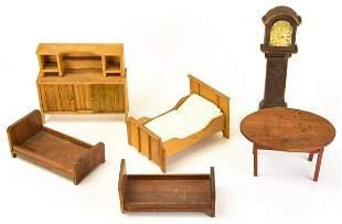 Antique Dollhouse Tynietoy Miniature Furniture Feb 26 2017 Greenwich Auction In Ct