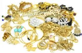 Vintage Costume Jewelry - Napier Monet Trifari