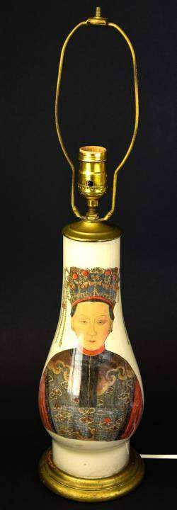 Chinese Porcelain Lamp