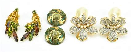 Collection Vintage Costume Jewelry Clip Earrings