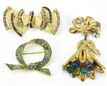 Group of 3 Vintage Costume Jewelry Brooches