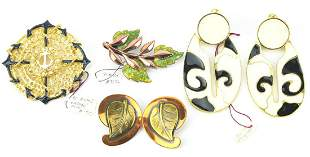 Collection of Costume Jewelry Earrings & Brooches