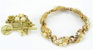 Vintage Trifari Panel Bracelet w Figural Brooch