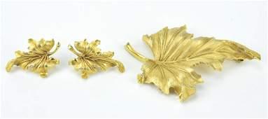 Vintage Crown Trifari Leaf Motif Jewelry Set