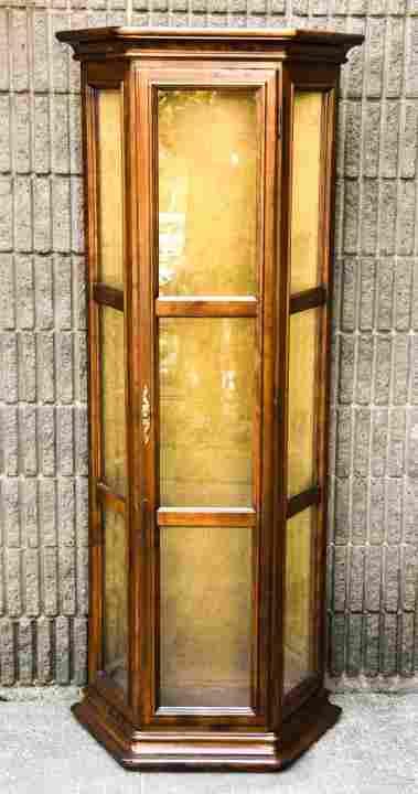 Ethan Allen Sheraton Lit Glass Front Curio Cabinet