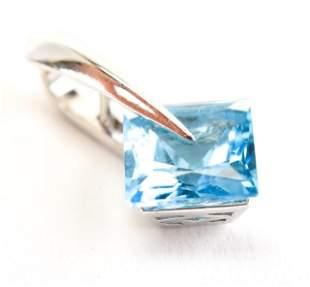 14kt White Gold & Blue Topaz Necklace Pendant