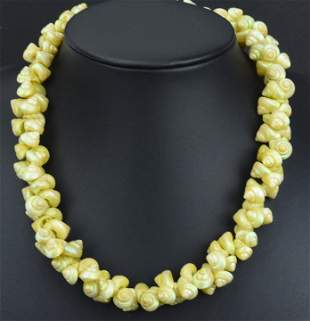 Vintage Early Miriam Haskell Shell Bead Necklace