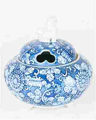 Chinese Blue & White Porcelain Censor w Foo Dog