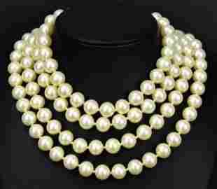 Vintage Costume Jewelry Trifari Pearl Necklace