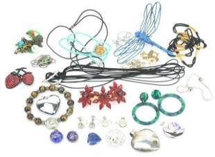 Collection Vintage / Contemporary Costume Jewelry