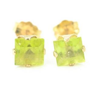 Estate Pair of 14kt Gold & Peridot Stud Earrings