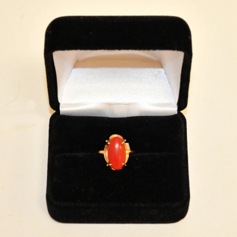 18K Art Deco Blood Coral Ring