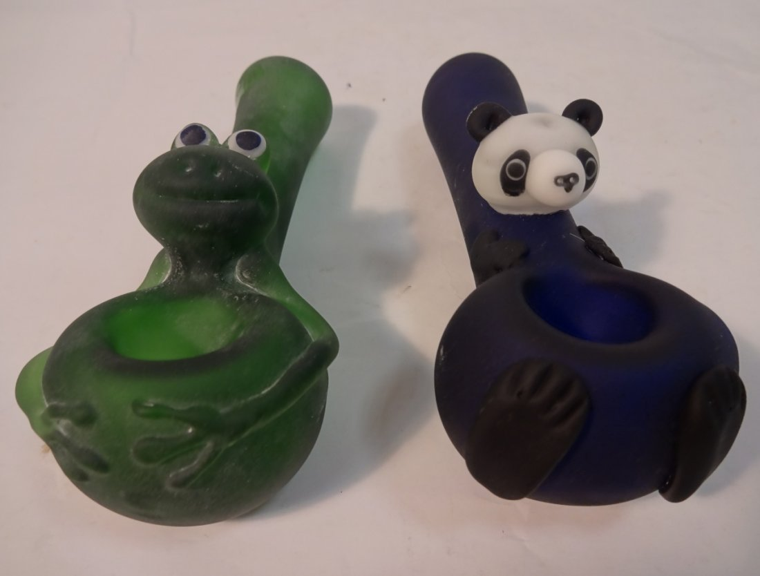 Pair/Hand Crafted Frosted Glass Pipes-Frog+Panda