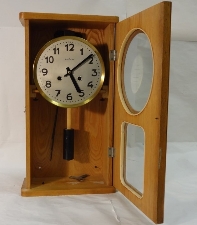 Art Deco Polish Metron Wall Clock- Running - 5