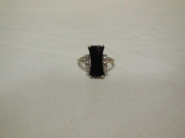 Vintage 10kt White Gold Onyx & Diamond Ring