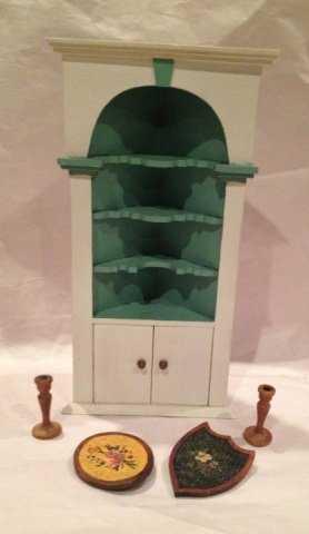 - Antique & Vintage Dollhouse Tynietoy & Mel Davey