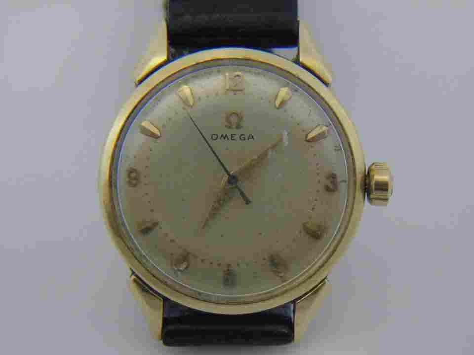 Vintage Men's 14kt Gold Omega Wrist Watch