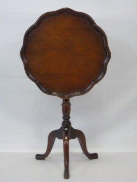 Mahogany Pie Crust Tripod Pedestal Table