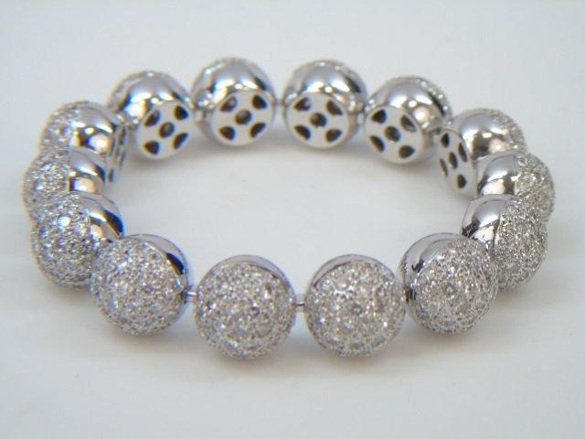 18k White Gold & Diamond Pave Linked Ball Bracelet