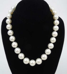 Tahitian Pearl Necklace W Pave Diamond Ball Clasp