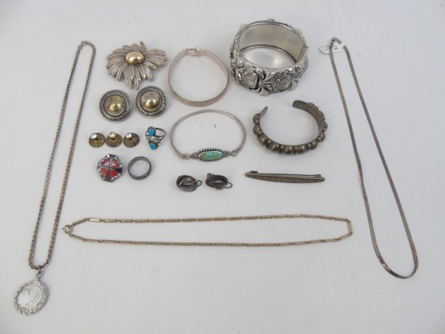 Assorted Vintage Sterling Silver Jewelry Items