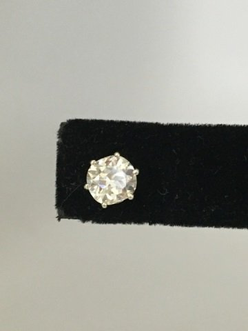 Estate 2.20 Carat Diamond & Gold Stud Earrings - 3