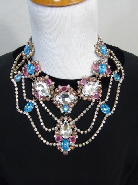 Large Rhinestone & Paste Jeweled Costume Necklace - 2