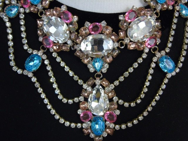 Large Rhinestone & Paste Jeweled Costume Necklace - 3