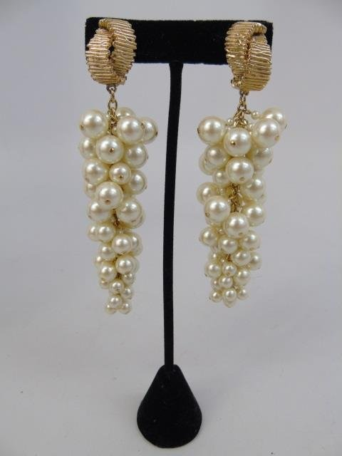 Vintage Chanel Style Pearl Earrings & Necklace - 3