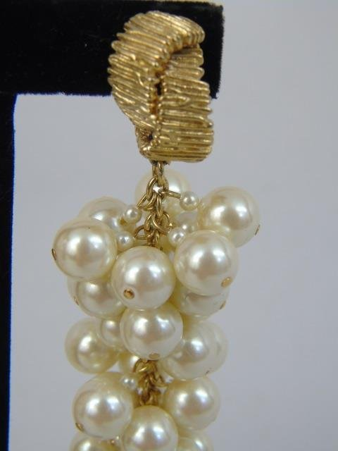 Vintage Chanel Style Pearl Earrings & Necklace - 4