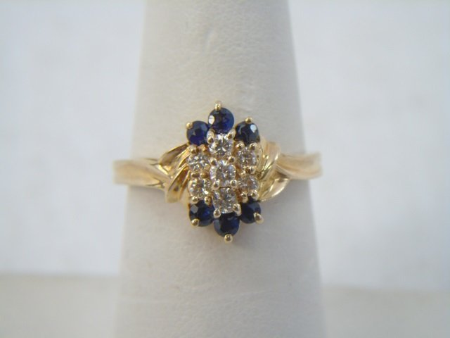 Diamond & Sapphire 14kt Yellow Gold Ring