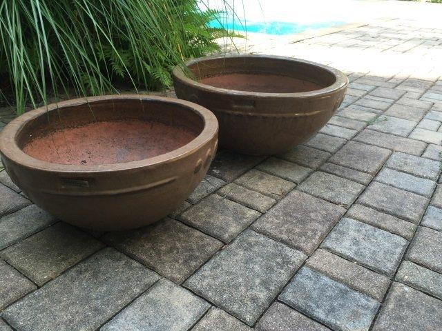 Two Contemporary Glazed Garden Planter Pots - 3