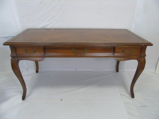 Traditional Style Cabriole Leg 3 Drawer Desk