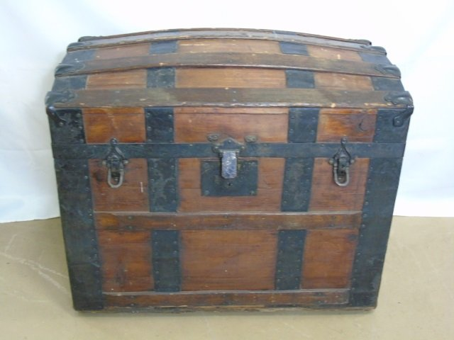 Antique 19th C Victorian Domed Steamer Trunk