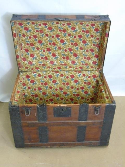 Antique 19th C Victorian Domed Steamer Trunk - 3