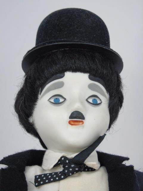 2 Vintage Dolls Bonani & Charlie Chaplin - 6