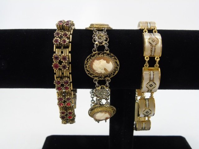 Estate Lot of Vintage Costume Jewelry Pieces - 4