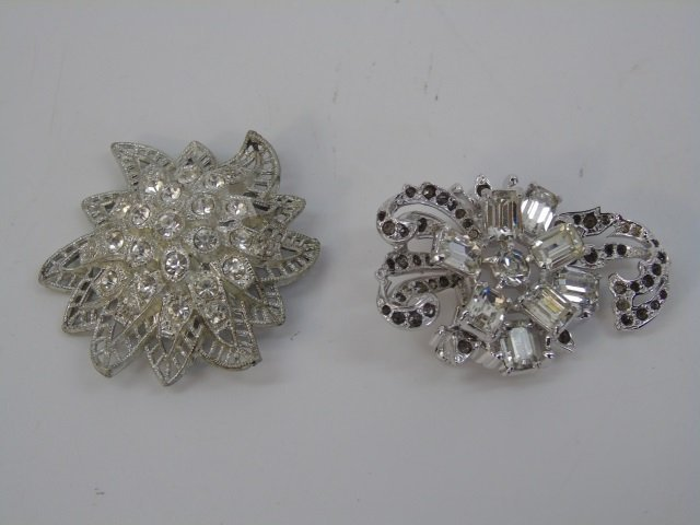 Estate Lot of Vintage Costume Jewelry Pieces - 6