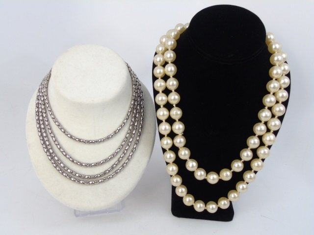 Vintage Collection of Costume Jewelry Items - 4