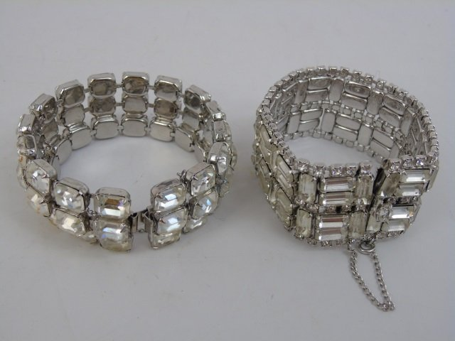 Vintage & Retro Ladies Costume Jewelry Bracelets - 3