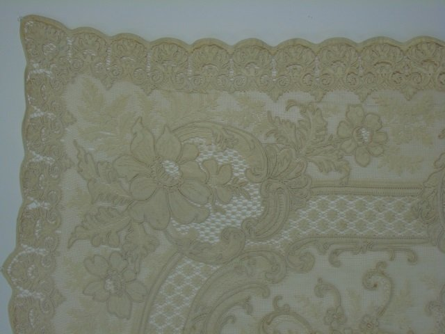 Antique 19th C Lace & Embroidery Table Cloth - 6