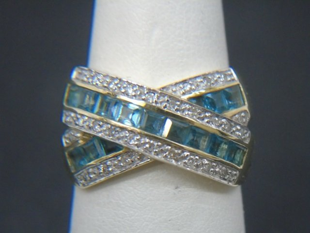 Estate 14kt Yellow Gold Diamond & Spinel Ring
