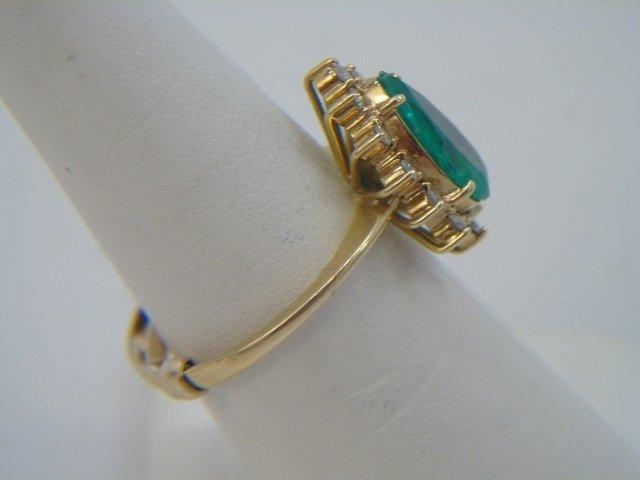Estate Pear Shaped Emerald & Diamond Gold Ring - 3