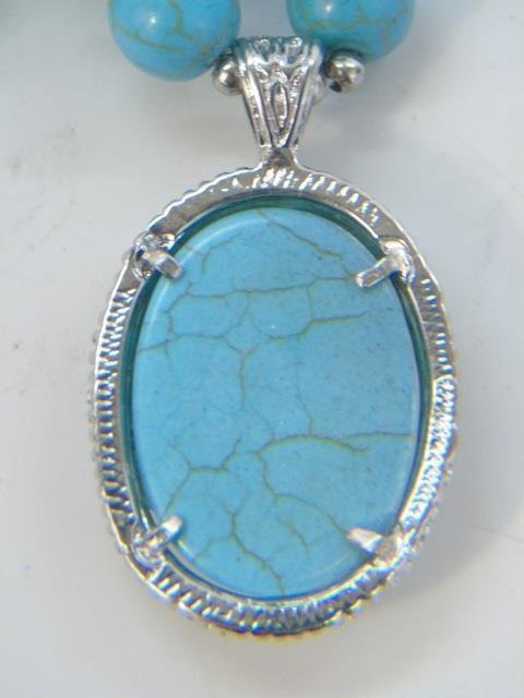 Native American Style Turquoise Necklace w Pendant - 3